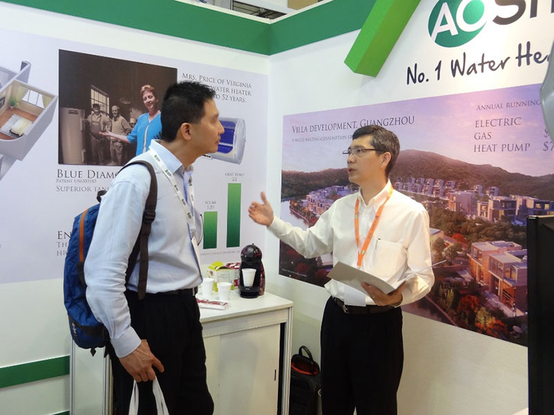 BEX-Asia-2014-Explaning-the-green-benefits-of-heat-pumps-Singapore